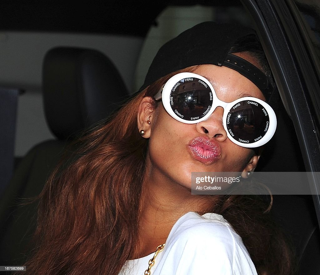 <a gi-track='captionPersonalityLinkClicked' href=/galleries/search?phrase=Rihanna&family=editorial&specificpeople=453439 ng-click='$event.stopPropagation()'>Rihanna</a> is seen on April 26, 2013 in New York City.