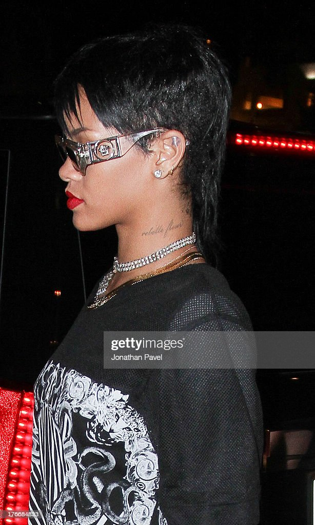 <a gi-track='captionPersonalityLinkClicked' href=/galleries/search?phrase=Rihanna&family=editorial&specificpeople=453439 ng-click='$event.stopPropagation()'>Rihanna</a> is sighted on August 17, 2013 in Miami Beach, Florida.