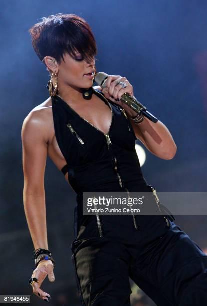 Rihanna performs at MTV Mobile Bang Concert held at Milan Central Station on July 15 2008 in Milan Italy