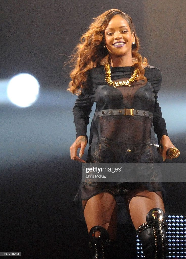 <a gi-track='captionPersonalityLinkClicked' href=/galleries/search?phrase=Rihanna&family=editorial&specificpeople=453439 ng-click='$event.stopPropagation()'>Rihanna</a> performs at Philips Arena on April 22, 2013 in Atlanta, Georgia.