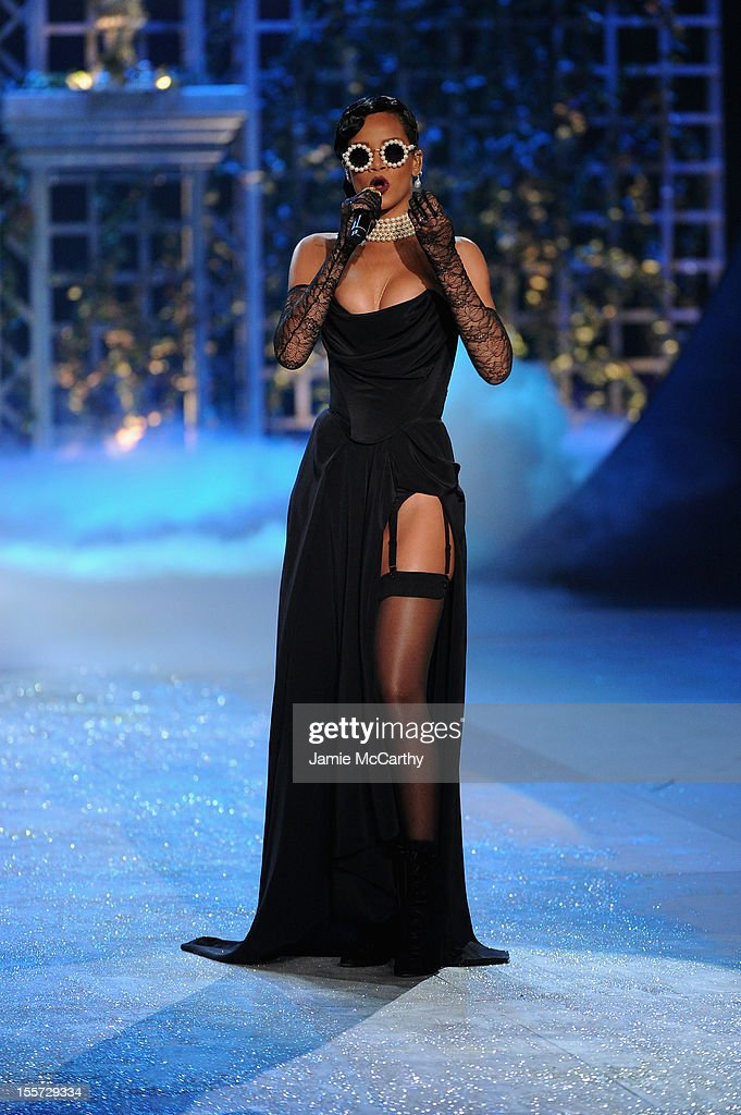 <a gi-track='captionPersonalityLinkClicked' href=/galleries/search?phrase=Rihanna&family=editorial&specificpeople=453439 ng-click='$event.stopPropagation()'>Rihanna</a> performs during the 2012 Victoria's Secret Fashion Show at the Lexington Avenue Armory on November 7, 2012 in New York City.