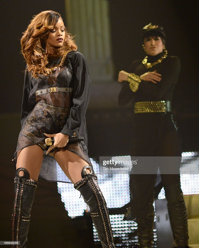 Rihanna performs in support of her Unapologetic release at HP Pavilion on April 6, 2013 in San Jose, California.