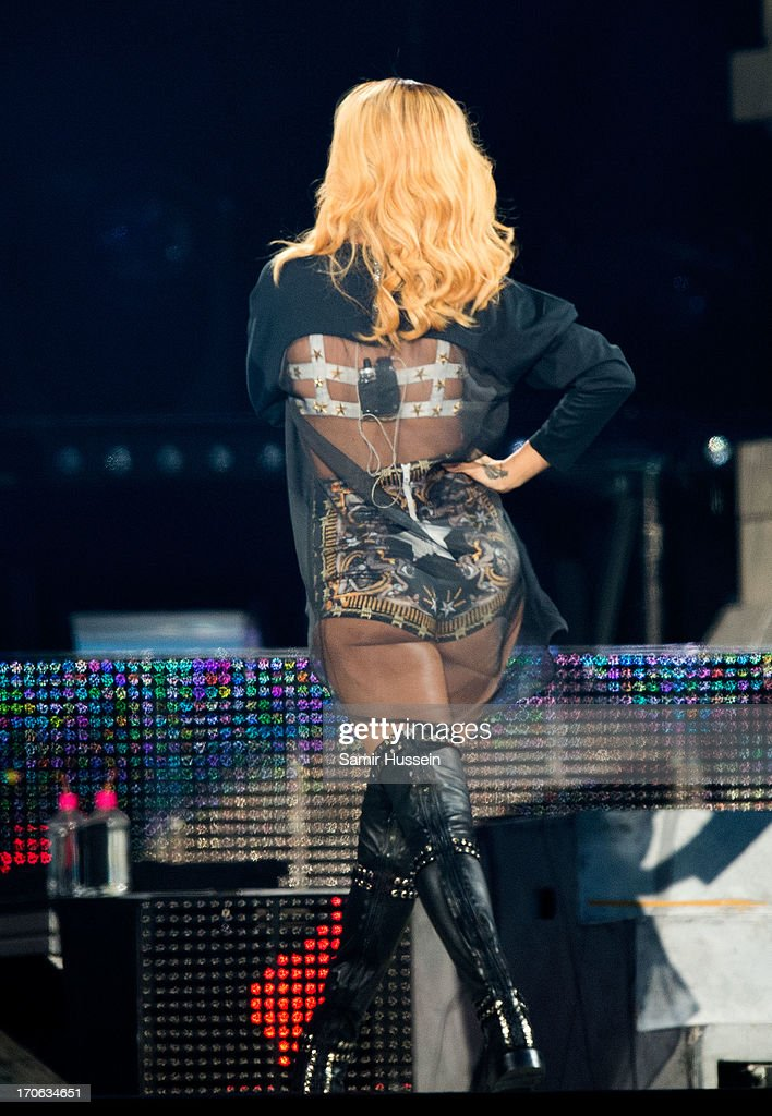 Rihanna performs live on stage at Twickenham Stadium on June 15, 2013 in London, England.