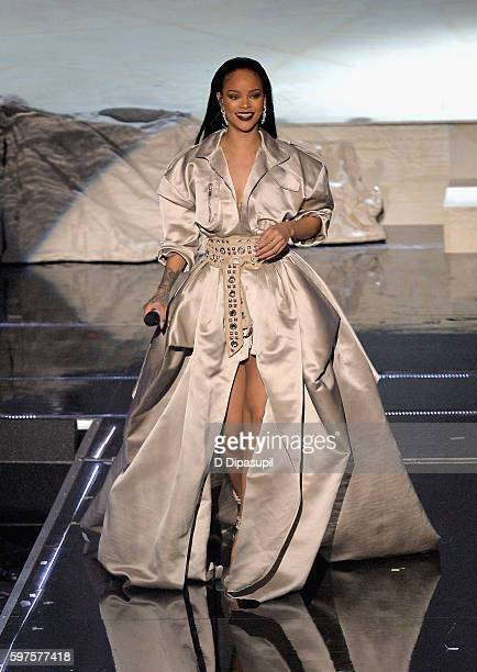 Rihanna performs onstage during the 2016 MTV Music Video Awards at Madison Square Garden on August 28 2016 in New York City