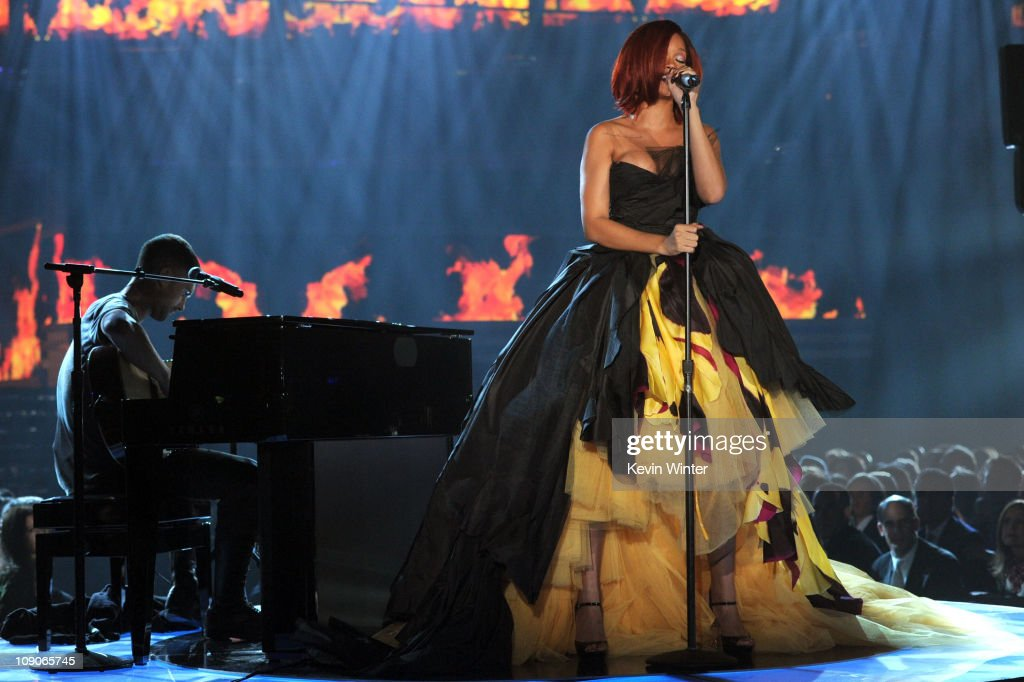 <a gi-track='captionPersonalityLinkClicked' href=/galleries/search?phrase=Rihanna&family=editorial&specificpeople=453439 ng-click='$event.stopPropagation()'>Rihanna</a> performs onstage during The 53rd Annual GRAMMY Awards held at Staples Center on February 13, 2011 in Los Angeles, California.