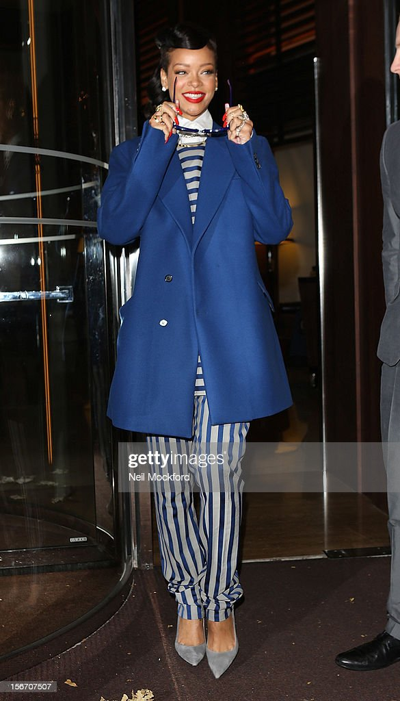 <a gi-track='captionPersonalityLinkClicked' href=/galleries/search?phrase=Rihanna&family=editorial&specificpeople=453439 ng-click='$event.stopPropagation()'>Rihanna</a> seen leaving her hotel on November 19, 2012 in London, England.