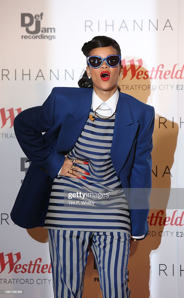 <a gi-track='captionPersonalityLinkClicked' href=/galleries/search?phrase=Rihanna&family=editorial&specificpeople=453439 ng-click='$event.stopPropagation()'>Rihanna</a> switches on the Christmas Lights at Westfield Stratford City on November 19, 2012 in London, England.