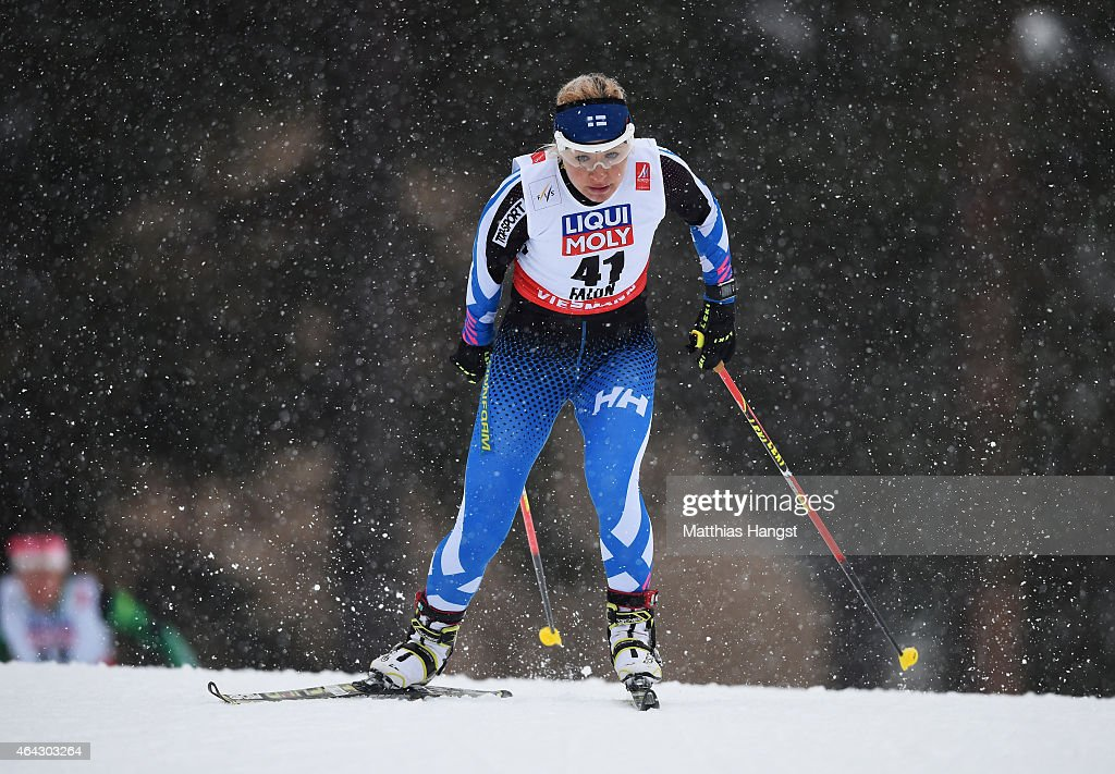 <a gi-track='captionPersonalityLinkClicked' href=/galleries/search?phrase=Riitta-Liisa+Roponen&family=editorial&specificpeople=4173513 ng-click='$event.stopPropagation()'>Riitta-Liisa Roponen</a> of Finland competes during the Women's 10km Cross-Country during the FIS Nordic World Ski Championships at the Lugnet venue on February 24, 2015 in Falun, Sweden.
