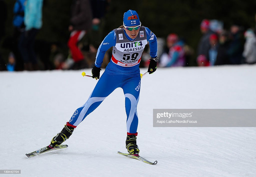 <a gi-track='captionPersonalityLinkClicked' href=/galleries/search?phrase=Riitta-Liisa+Roponen&family=editorial&specificpeople=4173513 ng-click='$event.stopPropagation()'>Riitta-Liisa Roponen</a> of Finland competes in the womens individual 10km free technic Cross Country Skiing during the FIS World Cup on November 19, 2011, in Sjusjoen, Norway.