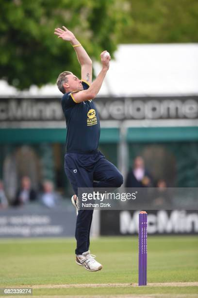 Rikki Clarke of Warwickshire runs in to bowl during the Royal London OneDay Cup match between Worcestershire Rapids and Warwickshire at New Road on...