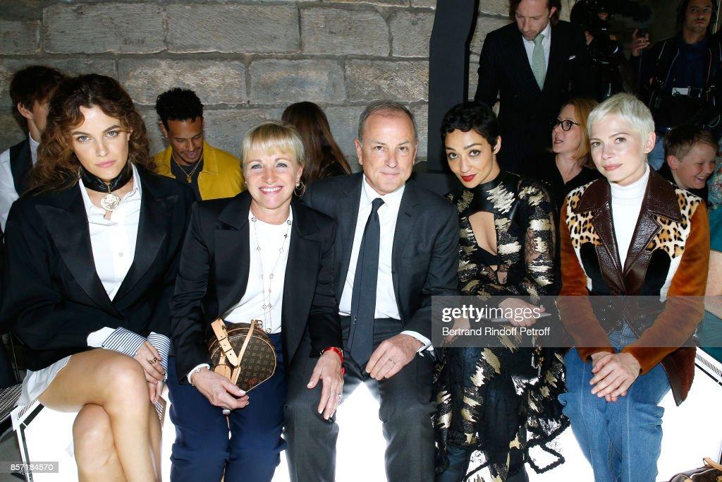 Louis Vuitton : Front Row - Paris Fashion Week Womenswear Spring/Summer 2018