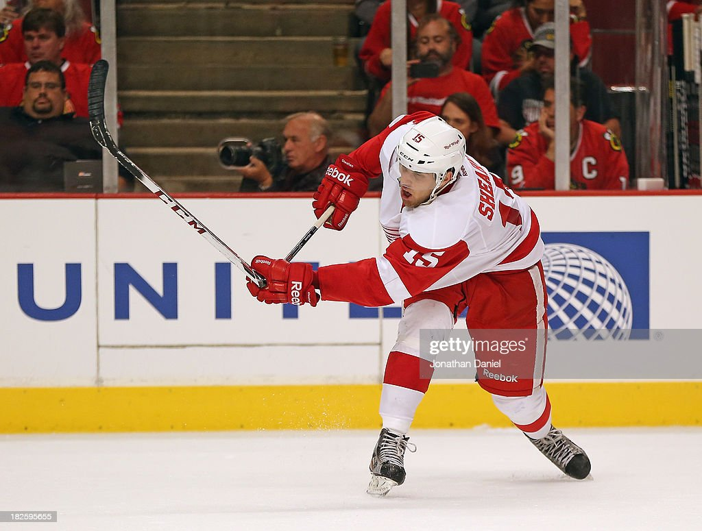 <a gi-track='captionPersonalityLinkClicked' href=/galleries/search?phrase=Riley+Sheahan&family=editorial&specificpeople=7029365 ng-click='$event.stopPropagation()'>Riley Sheahan</a> #15 of the Detroit Red Wings breaks his stick shooting against the Chicago Blackhawks during an exhibition game at United Center on September 17, 2013 in Chicago, Illinois. The Blackhawks defeated the Red Wings 2-0.