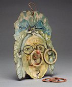 Ring toss Old woman's face as target lithographed cardboard 1900 Germany 20th century Milan Museo Del Giocattolo E Del Bambino