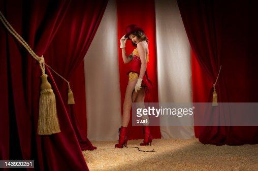 ringmaster burlesque : Bildbanksbilder