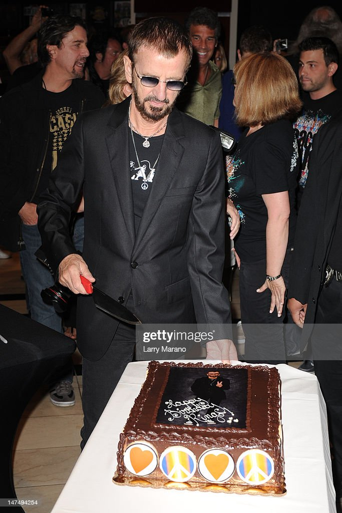 <a gi-track='captionPersonalityLinkClicked' href=/galleries/search?phrase=Ringo+Starr&family=editorial&specificpeople=92463 ng-click='$event.stopPropagation()'>Ringo Starr</a> celebrates his birthday at Hard Rock Cafe on June 30, 2012 in Hollywood, Florida.