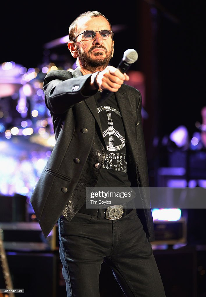 Ringo Starr & His All-Starr Band perform at Ruth Eckerd Hall on October 23, 2014 in Clearwater, Florida. (Photo by Tim Boyles/Getty Images))