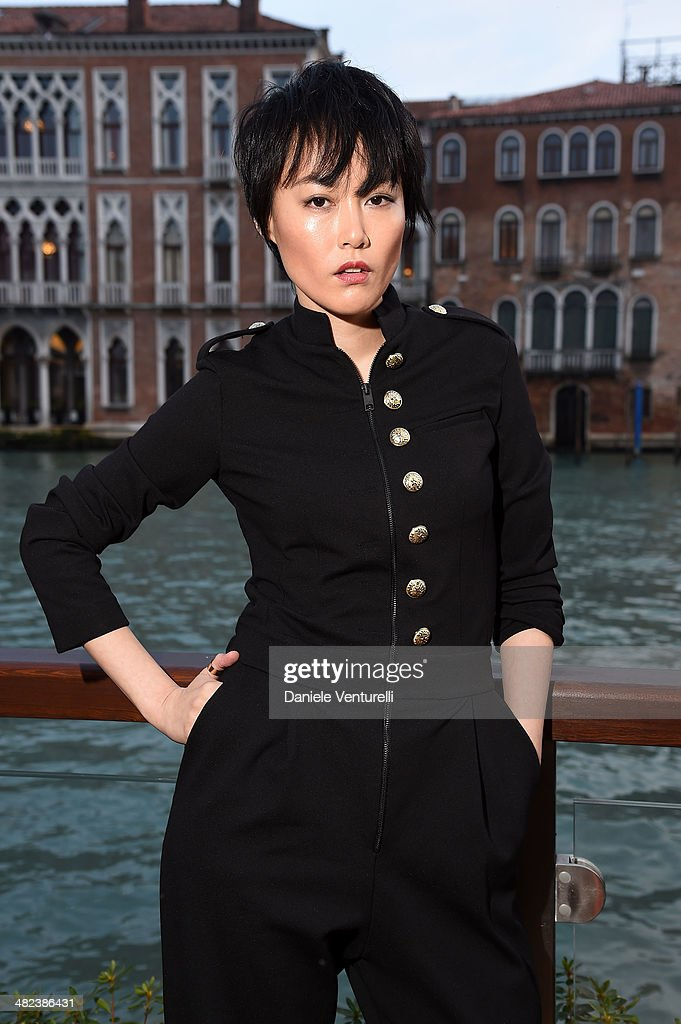<a gi-track='captionPersonalityLinkClicked' href=/galleries/search?phrase=Rinko+Kikuchi&family=editorial&specificpeople=616782 ng-click='$event.stopPropagation()'>Rinko Kikuchi</a> attends Diesel FW14 Collection Presentation Cocktail at Gritti Palace on April 3, 2014 in Venice, Italy.