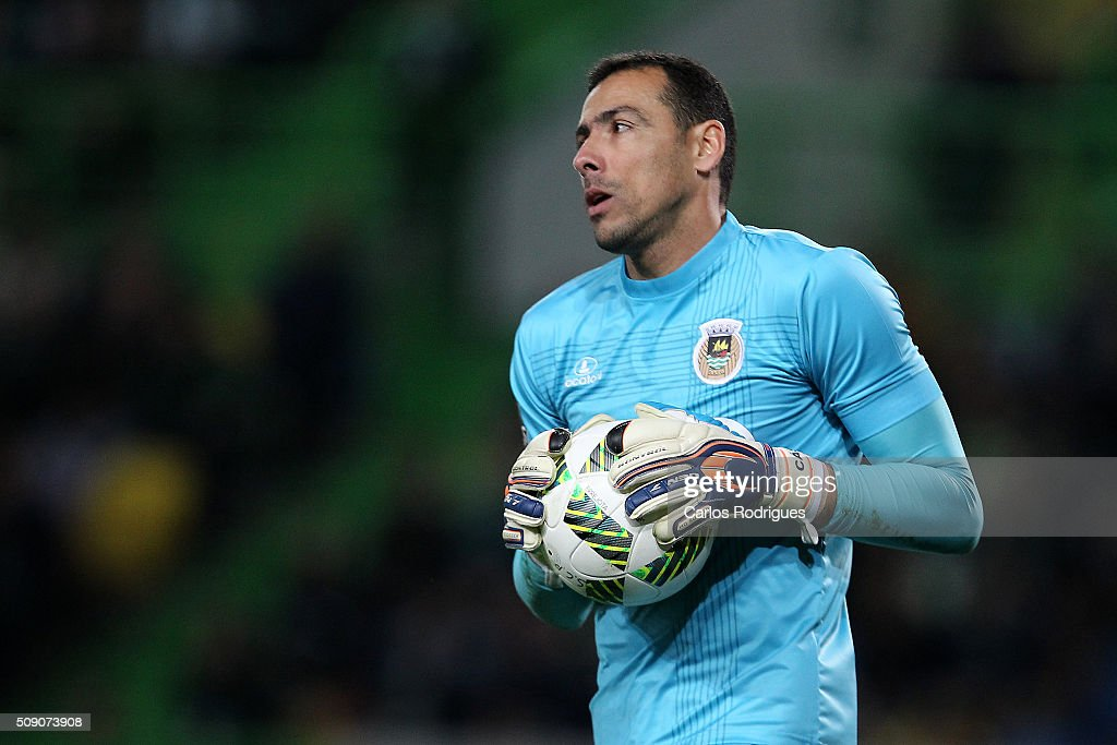 Rio Ave's goalkeeper Cassio during the match between Sporting CP and Rio Ave FC for the Portuguese Primeira Liga at Jose Alvalade Stadium on February 08, 2016 in Lisbon, Portugal.