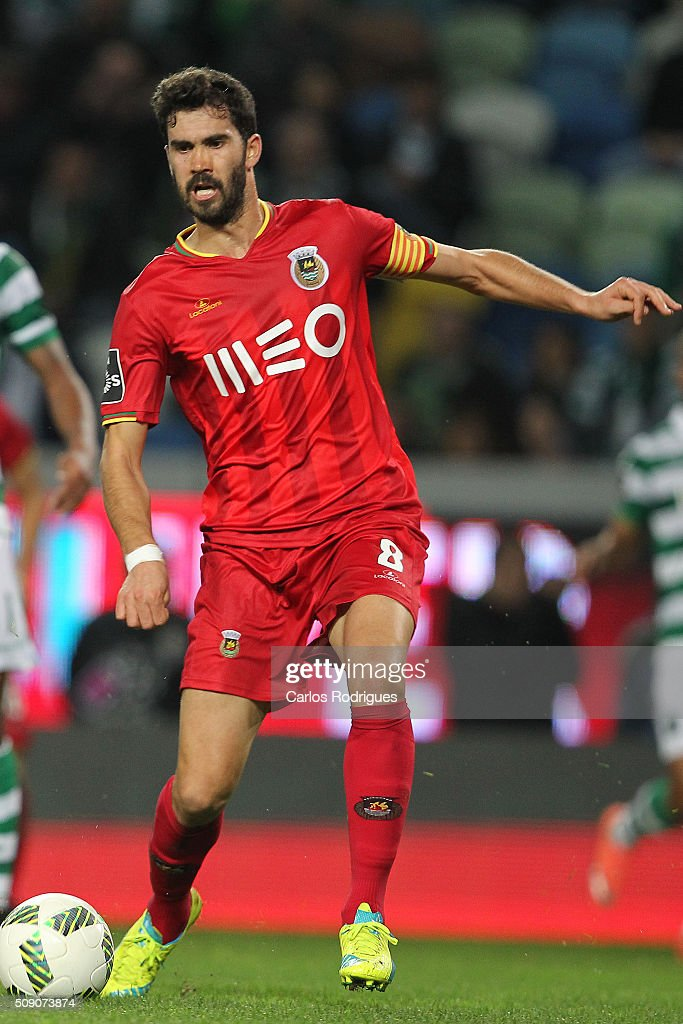 Rio Ave's midfielder Tarantini during the match between Sporting CP and Rio Ave FC for the Portuguese Primeira Liga at Jose Alvalade Stadium on February 08, 2016 in Lisbon, Portugal.