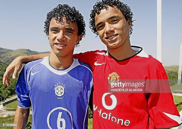 TO GO WITH AFP STORY Identical twins Rafael and Fabio Pereira da Silva members of the Under15 Brazilian national soccer team and Rio de Janiero's...