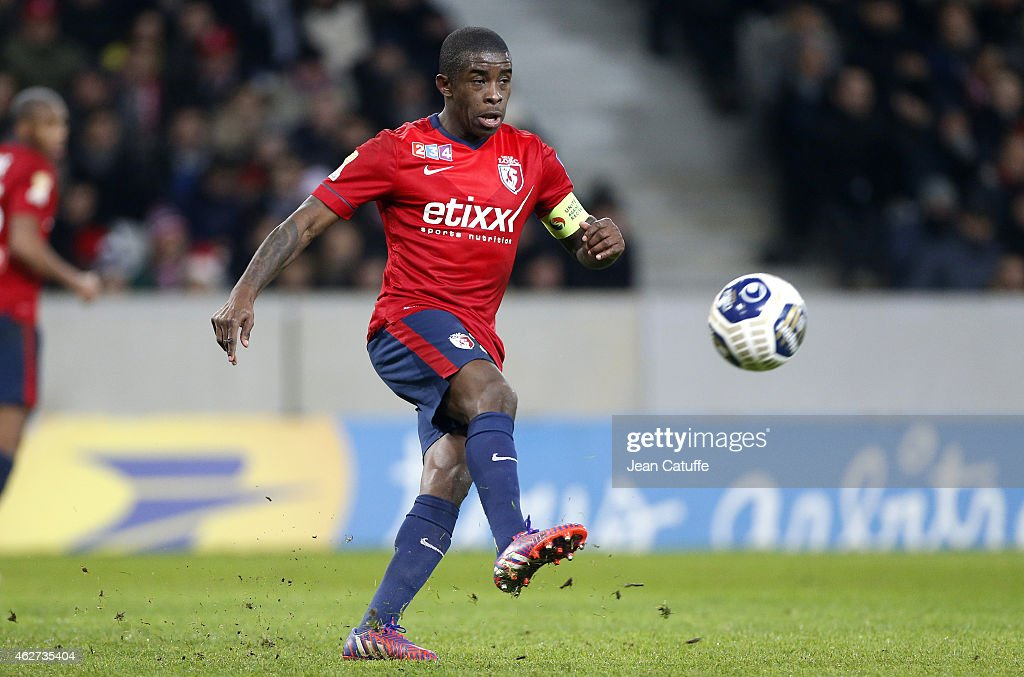 <a gi-track='captionPersonalityLinkClicked' href=/galleries/search?phrase=Rio+Mavuba&family=editorial&specificpeople=708351 ng-click='$event.stopPropagation()'>Rio Mavuba</a> of Lille in action during the French League Cup (Coupe de la Ligue) match between Lille OSC (LOSC) and Paris Saint-Germain (PSG) at Grand Stade Pierre Mauroy on February 3, 2015 in Lille, France.