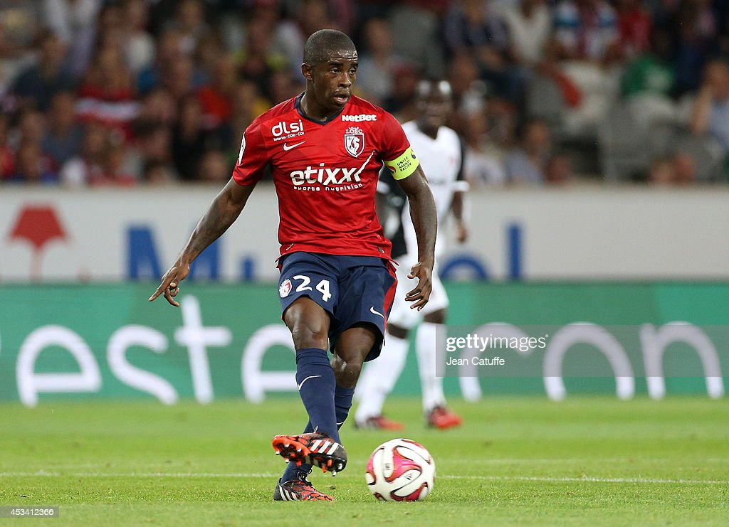 <a gi-track='captionPersonalityLinkClicked' href=/galleries/search?phrase=Rio+Mavuba&family=editorial&specificpeople=708351 ng-click='$event.stopPropagation()'>Rio Mavuba</a> of Lille in action during the French Ligue 1 match between LOSC Lille and FC Metz at the Grand Stade Pierre Mauroy on August 9, 2014 in Lille, France.