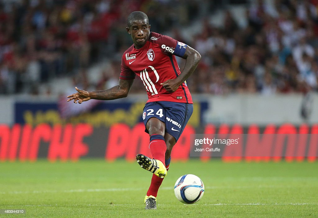 <a gi-track='captionPersonalityLinkClicked' href=/galleries/search?phrase=Rio+Mavuba&family=editorial&specificpeople=708351 ng-click='$event.stopPropagation()'>Rio Mavuba</a> of Lille in action during the French Ligue 1 match between Lille OSC (LOSC) and Paris Saint-Germain (PSG) at Grand Stade Pierre Mauroy on August 7, 2015 in Lille, France.