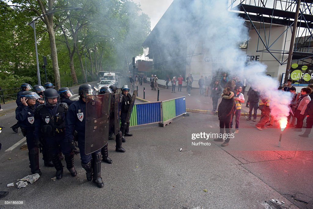 Riot police intervenes to end the blockade of the central bus station of Toulouse. It was blocked by several trade unions (SUD-Rail, FO and CGT) and the 'Nuit Debout' movement. They protest against the El-Khomri bill on labour reforms and the rail liberalization. Toulouse.France. May 25th, 2016.