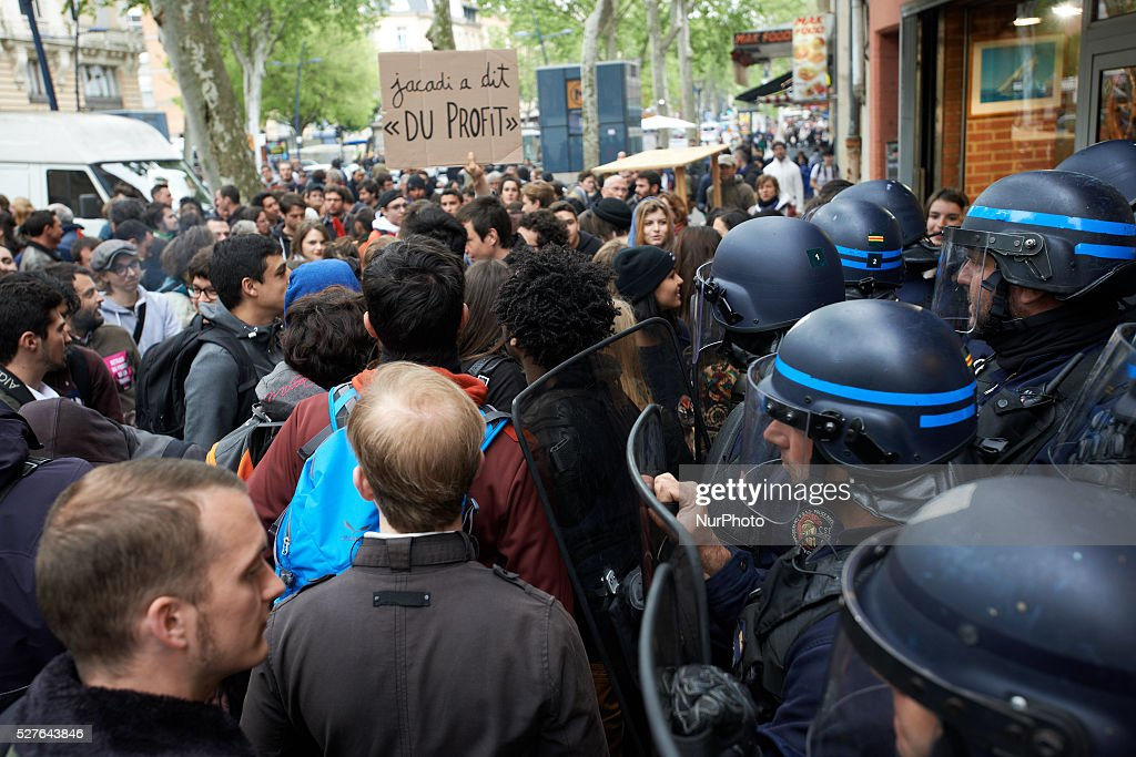 Riot police protect the comittee room of French Socialist Catherine Lemorton as protesters shout slogans outside. Toulouse. France. May 3th 2016.