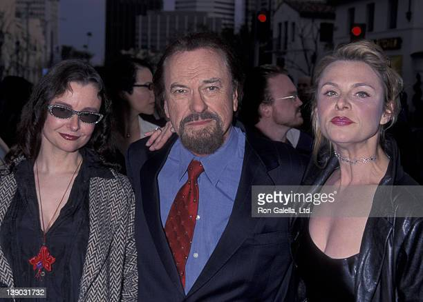 Rip Torn and daughters Claire Torn and Angelica Torn attend the premiere of 'Freddy Got Fingered' on April 18 2001 at Mann Village Theater in...