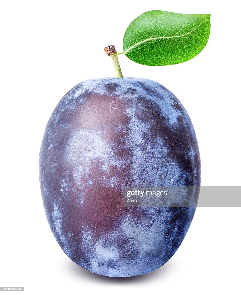 Ripe plum with leaf isolated on white background : Foto de stock