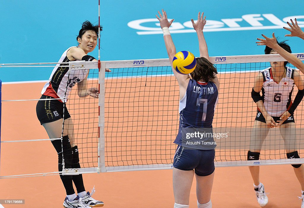 <a gi-track='captionPersonalityLinkClicked' href=/galleries/search?phrase=Risa+Shinnabe&family=editorial&specificpeople=8641931 ng-click='$event.stopPropagation()'>Risa Shinnabe</a> of Japan spikes the ball during day five of the FIVB World Grand Prix Sapporo 2013 match between USA and Japan at Hokkaido Prefectural Sports Center on September 1, 2013 in Sapporo, Hokkaido, Japan.