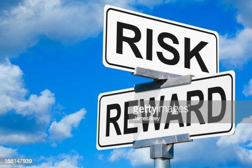 Strada di attraversamento di rischio e premiare