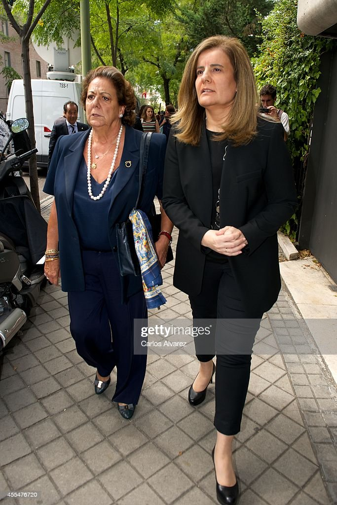Rita Barbera (L) and <a gi-track='captionPersonalityLinkClicked' href=/galleries/search?phrase=Fatima+Banez&family=editorial&specificpeople=8764943 ng-click='$event.stopPropagation()'>Fatima Banez</a> (R) attend the memorial service for Spanish businessman and President of 'El Corte Ingles' Isidoro Alvarez at the Ramon Areces Foundation on September 15, 2014 in Madrid, Spain.