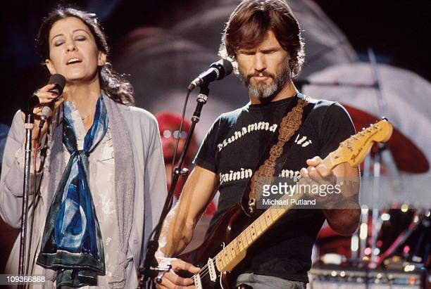 Rita Coolidge And Kris Kristofferson perform on stage New York 1978