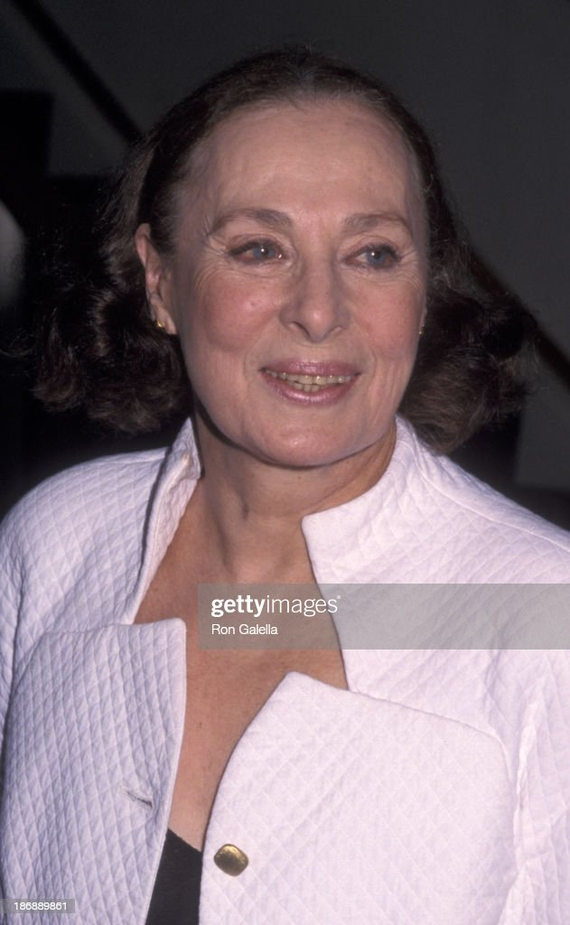 Rita Gam attends the performance party for 'Uncle Vanya' on May 8, 2000 at the Brooks Atkins Theater in New York City.