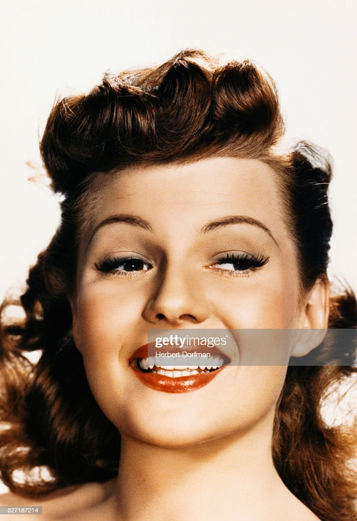 <a gi-track='captionPersonalityLinkClicked' href=/galleries/search?phrase=Rita+Hayworth&family=editorial&specificpeople=70013 ng-click='$event.stopPropagation()'>Rita Hayworth</a>