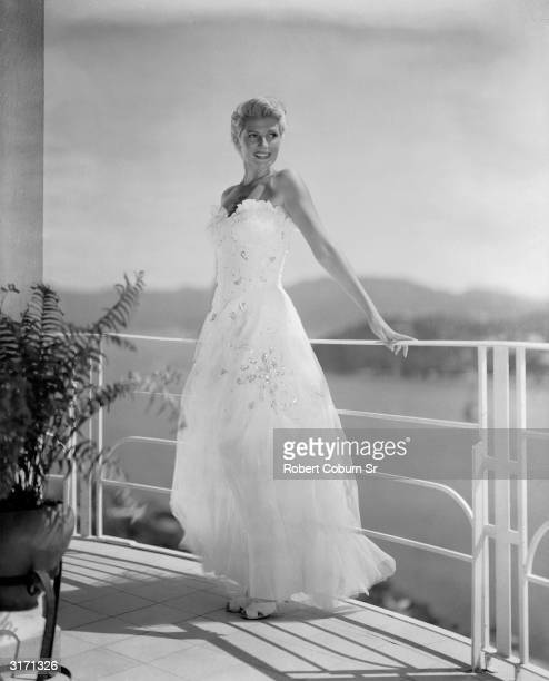 Rita Hayworth stars as the glamorous Mrs Bannister in 'The Lady From Shanghai' a film noir directed by Orson Welles