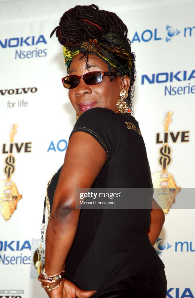 <a gi-track='captionPersonalityLinkClicked' href=/galleries/search?phrase=Rita+Marley&family=editorial&specificpeople=745253 ng-click='$event.stopPropagation()'>Rita Marley</a> during LIVE 8 - Philadelphia - Press Room at Philadelphia Museum of Art in Philadelphia, Pennsylvania, United States.