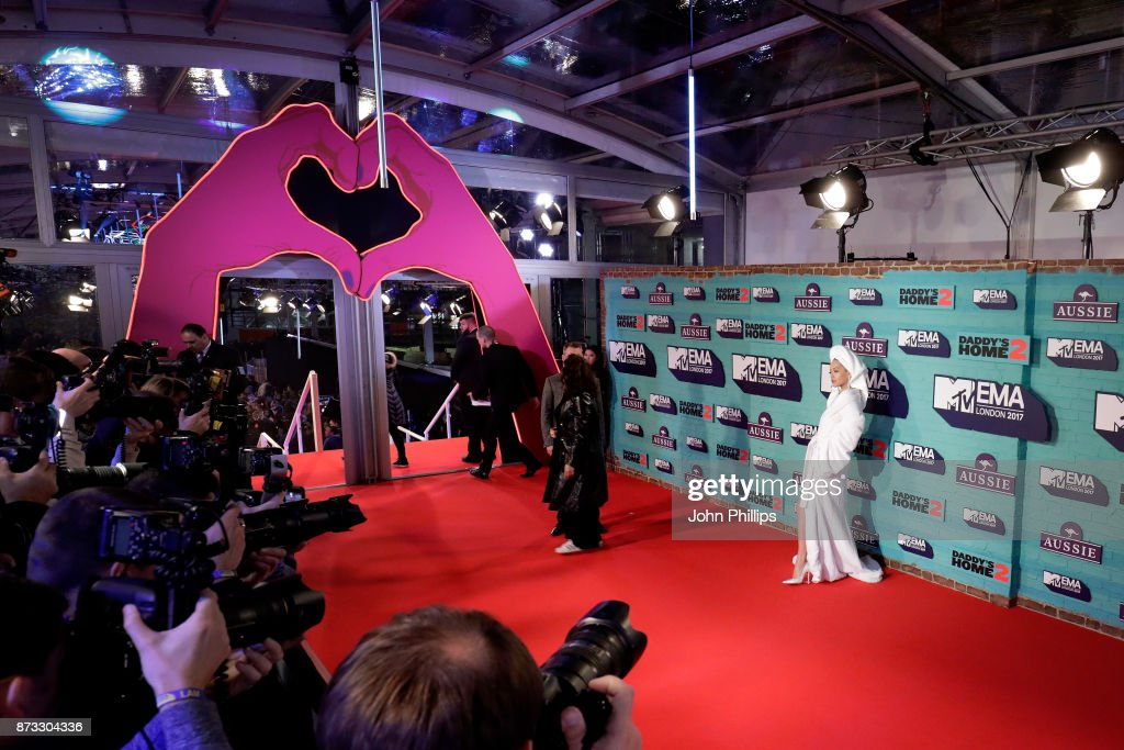 Rita Ora attends the MTV EMAs 2017 held at The SSE Arena, Wembley on November 12, 2017 in London, England.