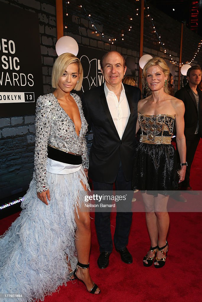 <a gi-track='captionPersonalityLinkClicked' href=/galleries/search?phrase=Rita+Ora&family=editorial&specificpeople=5686485 ng-click='$event.stopPropagation()'>Rita Ora</a>, Viacom President and CEO <a gi-track='captionPersonalityLinkClicked' href=/galleries/search?phrase=Philippe+Dauman&family=editorial&specificpeople=1381252 ng-click='$event.stopPropagation()'>Philippe Dauman</a> and Deborah Dauman attends the 2013 MTV Video Music Awards at the Barclays Center on August 25, 2013 in the Brooklyn borough of New York City.