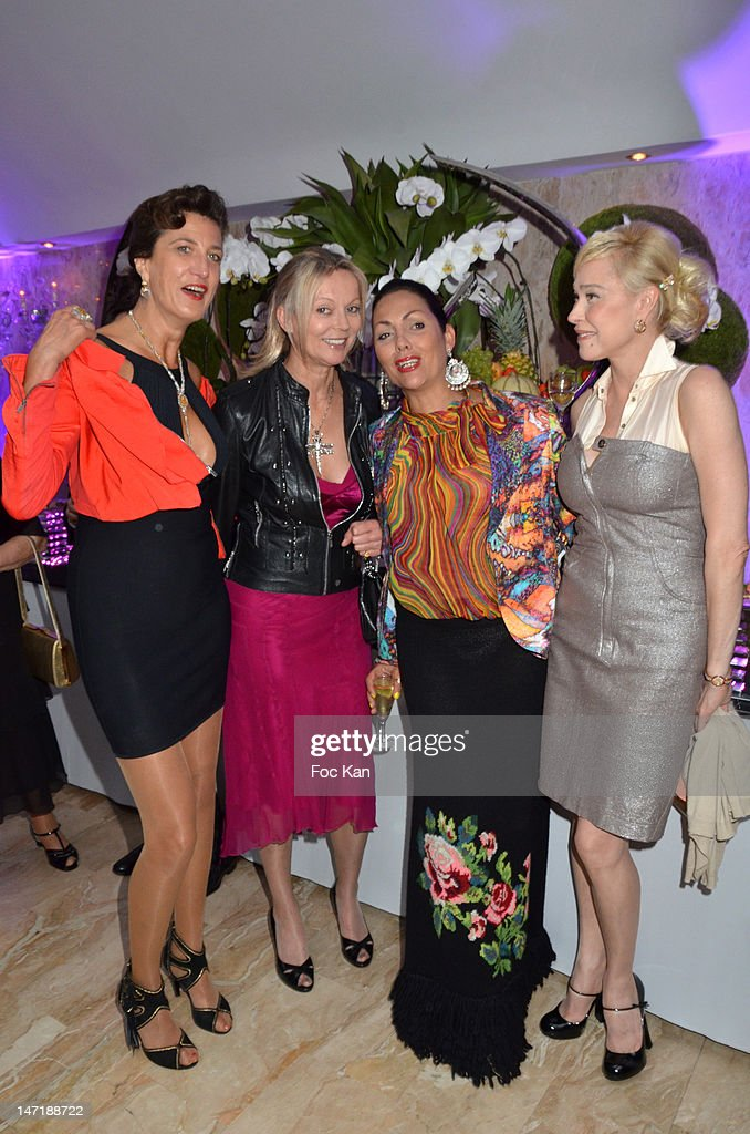 Rita Sprickmann, Helene de Yougoslavie, Hermine de Clermont Tonnerre and Alexandra Lorska attend the Chateau de Saint Cloud Gala Auction Dinner at the Salons Hoche on June 26, 2012 in Paris, France.