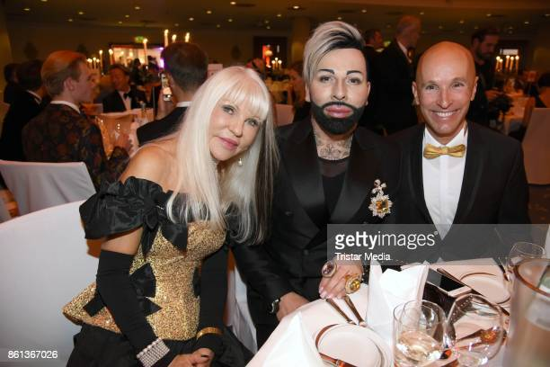 Rita Thea Schmidt Harald Gloeoeckler and Michael Begasse attend the 29 KoelnBall on October 14 2017 in Cologne Germany