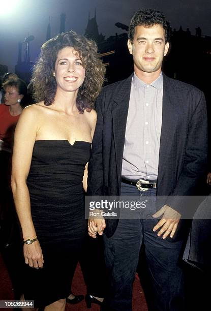 Rita Wilson and Tom Hanks during 'Dragnet' Premiere June 23 1987 at Paramount Pacific Theater in Hollywood California United States