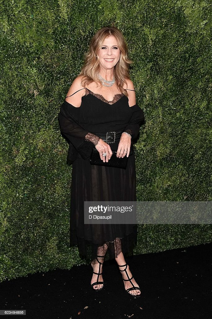Rita Wilson attends the 2016 Museum of Modern Art Film Benefit presented by Chanel - A Tribute to Tom Hanks at Museum of Modern Art on November 15, 2016 in New York City.