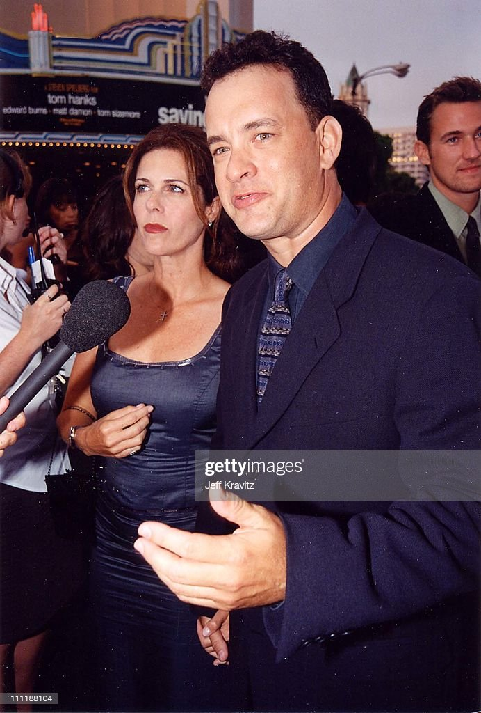 Rita Wilson & Tom Hanks at the 1998 premiere of Saving Private Ryan in Westwood.