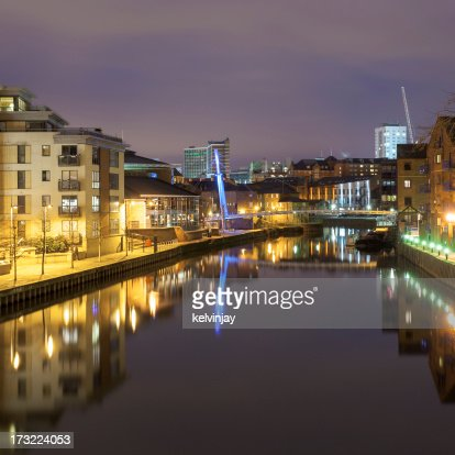 River Aire in Leeds at night