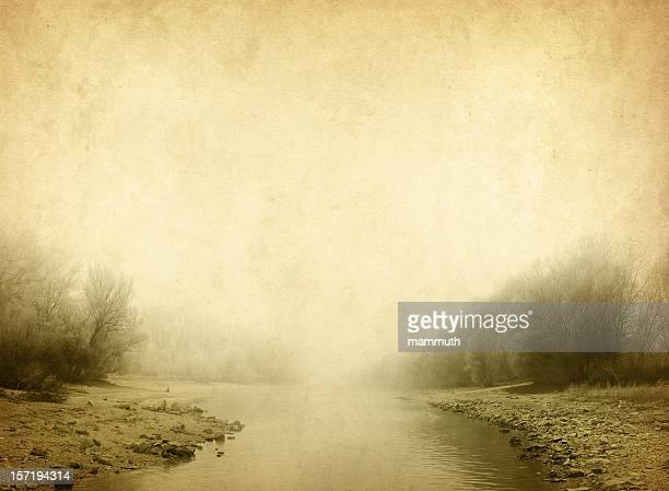 Rivière dans le brouillard-vintage photo