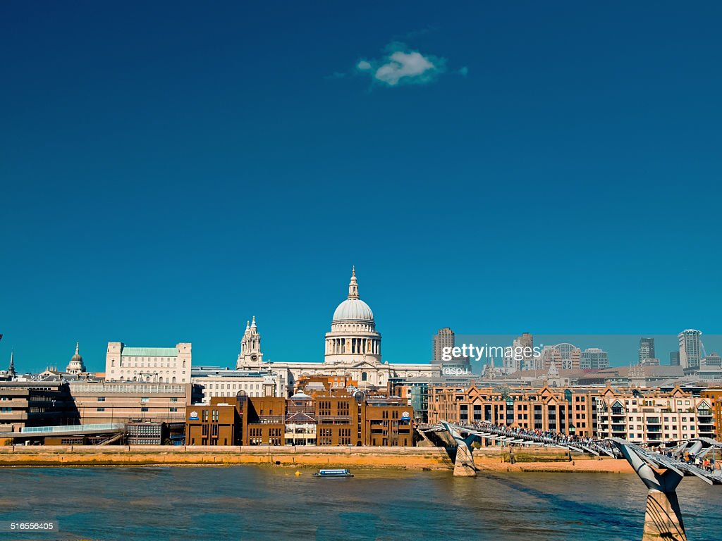 River Thames and St. Paul´s