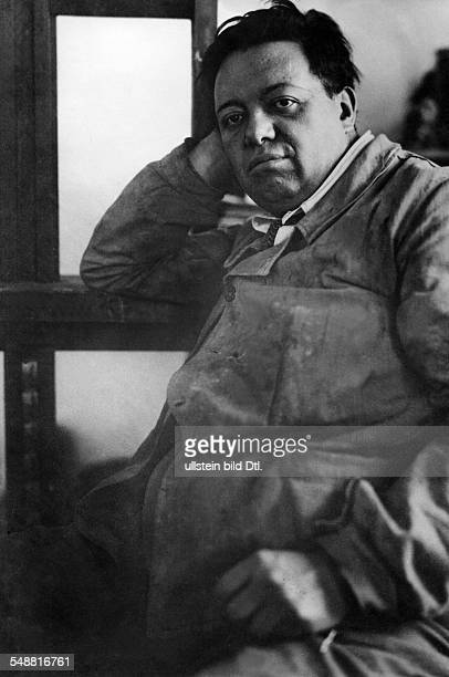 Rivera Diego *08121886 Maler Bildender Kuenstler Mexiko Halbportrait 1929
